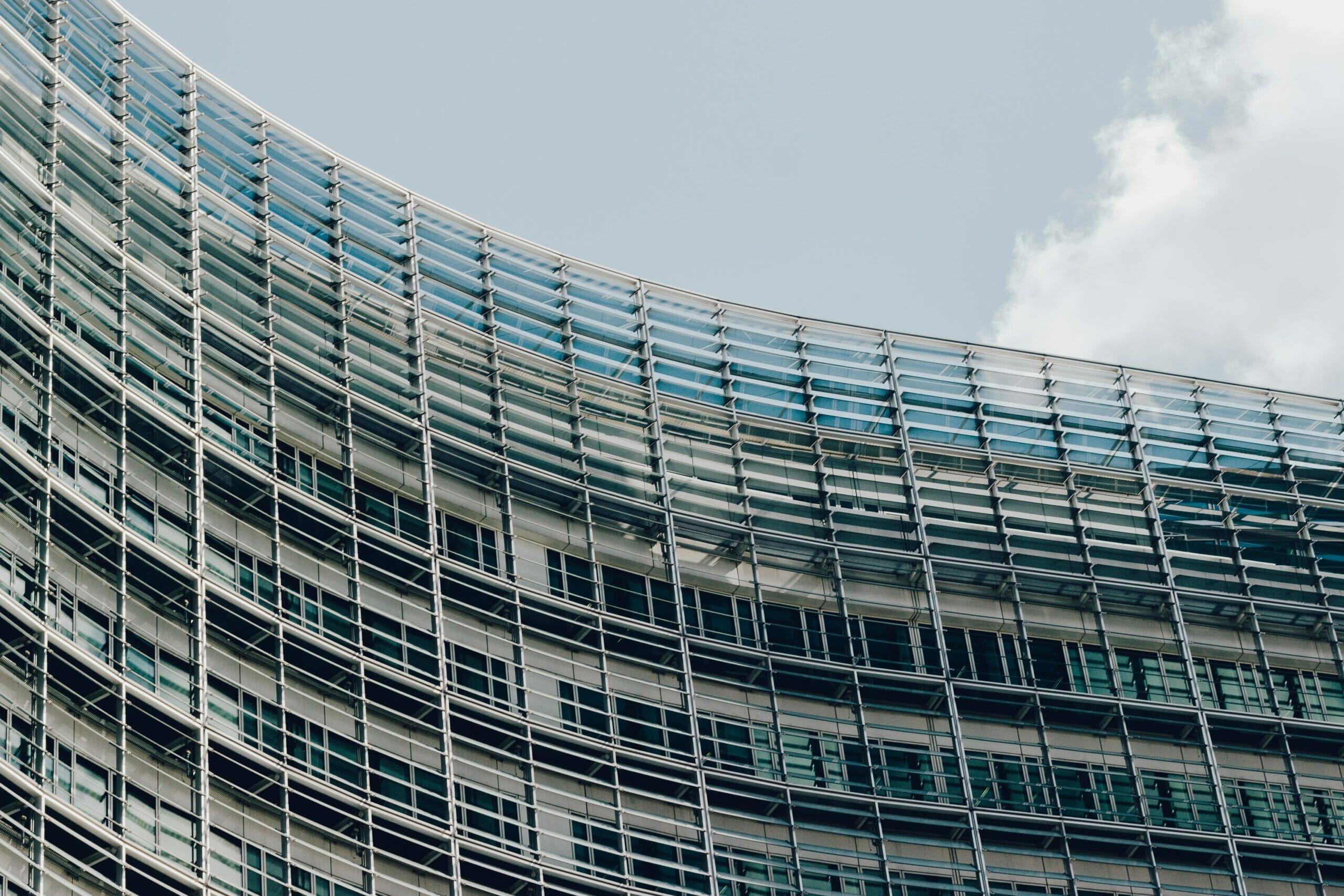 NIEUWSFLASH : Verbodsbepalingen inzake oneerlijke bedingen tussen bedrijven